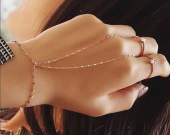 Thea Hand Chain