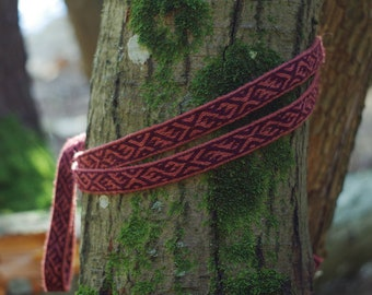 Viking tablet weave, Viking belt, waistband, trim, woolen strap, Birka, Viking reenactment, larp, clothing accessory, pink and purple colors