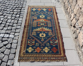 Free Shipping unique rug, 2.8 x 6 ft. small size turkish rug, bohemian area rug, handknotted floor rug, rustic rug, eclectic rug, MB335