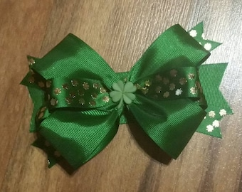 St. Patricks Day Shamrock Hair Bow