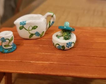 Miniature pitcher, bowl with lid and cup