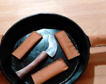 Cast iron pan handles