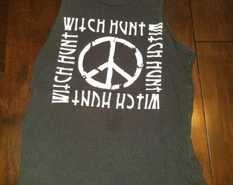 Witch hunt hemmed shirt