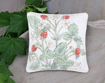Botanical Lavender Sachet, Vintage Inspired Strawberry Illustration, Drawer Freshener