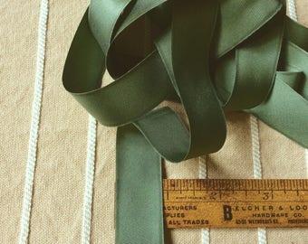green ribbon roll, vintage roll of bias ribbon, vintage seventies, medium dark green, silky soft,shiny ribbon, new old stock, ribbon yardage
