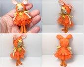 Easter Bunny Bendy Doll- Miniature Felt Doll- Waldorf Felt Doll- Small Doll- Bendable Doll- Nature Table Display Doll- Easter Basket
