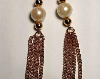 Flash Sale Vintage Runway Long Gold Chain Burlesque Faux Pearl Tassel Tassle Fringe Pierced Earrings Chandelier