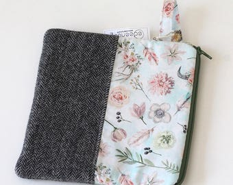 wool zipper pouch, wallet handbag, Cosmetic makeup bag, sunglasses, purse organizer, gray herringbone pouch, blue green, wristlet strap