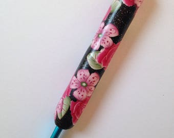 Polymer Clay Floral Covered Crochet Hook, Bates Size H