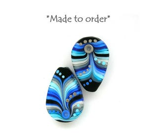 Michal S- Made to order Lampwork raindrop 1 bead Urban Blue