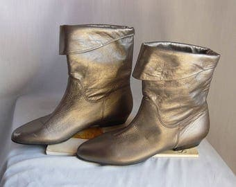 Vintage SLOUCH Leather Ankle Boots / size 5 .5 M Eu 35 .5 Uk 3 / METALLIC Silver Pewter  Slouch PIXIE Flats / Cobbie Shoes made Brazil