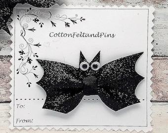 Bat Bow hair clip, Handmade Black glitter bat bow hair clip, Bat Bow Barrette, Glitter Bat hair clips,Glitter Bat bow,