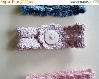First Fall Sale - 15% Off Cotton Lace Wrist Cuff in Palest Lilac - the Rustic Romantic Button Cuff
