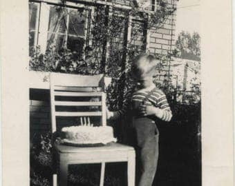 Large Vintage lot of 30 plus snapshots 1940s thru 50s birthday, children, families and more
