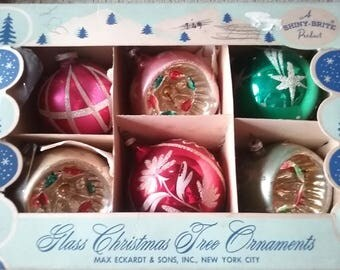 Vintage 1950's Lot Of 6 Glittered, Indented Christmas Ornaments