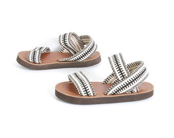 size 7 FISHERMAN black and white cotton 90s woven STRAPPY summer sandals
