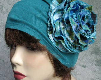 Womens Hat Bright Teal Colored Light Weight Jersey Fabric With Large Blue Print Flower Trim Chemo Hair Loss Cap Head Sz 21- 23