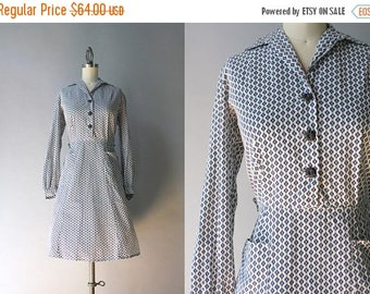 STOREWIDE SALE 1940s Dress / Vintage 40s Cotton Dress / 1940s Mini Floral Print Dixie Lou Dress L large