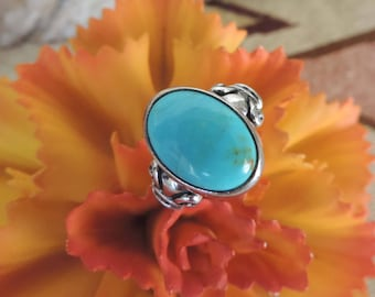 Vintage Oval Turquoise Sterling Silver Ring - Southwest - Size 6