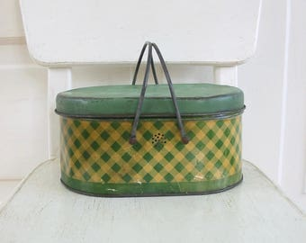 Vintage Green Metal Lunch Box, Tin  Box, Checkered Metal Box, Green Lunch Box, Primitive Rustic, Metal Lunch Box, Green Lunch Box, Green Tin