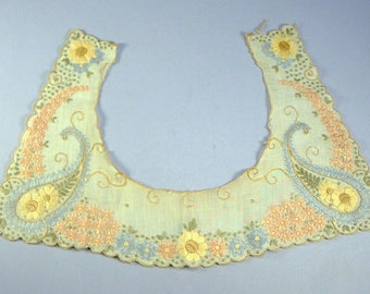 Antique Child's COLLAR EMBROIDERED silk floss on cotton Textile app 12 x7 3/8in