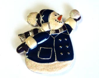 Vintage Adorable Snowman  Refrigerator Magnet, Made From a Vintage Brooch,  Winter Home Decor, Takuniquedesigns