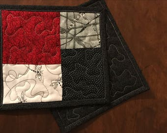 """Two Red and Black mug rugs. Quilted mug rugs, Asian prints coasters, 6.5"""" x 7"""""""