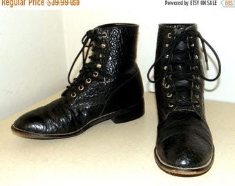 Black leather Lace Up Cowboy boots --  Justin brand -- size 5 D or cowgirl size 6.5