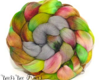 TOUCANET - Corriedale Wool Roving Hand Dyed Combed Top Spinning Felting Fiber