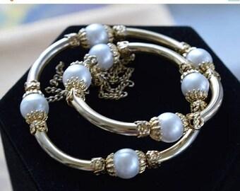 On sale Faux Pearl, Gold tone Wrap Bracelet, Tassel, Vintage (AL15)