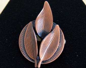 ON SALE Pretty Vintage Copper Leaf Brooch, Pin (M7)
