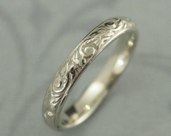 Women's Gold Ring~White Gold Band~White Gold Ring~10K Gold Band~Women's Gold Wedding Band~Leaf Design Ring~Going Baroque~Vintage Style Ring
