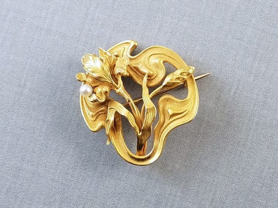 Antique Edwardian Art Nouveau 14k bloomed gold seed pearl iris flower brooch pin hook back seed pearl / watch pin