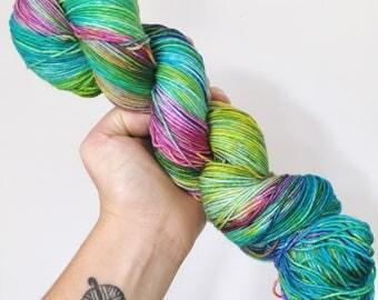 Hendricks - Hand dyed 4ply/sock yarn 100g/400m superwash merino, nylon blend
