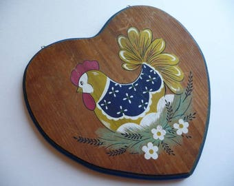 Vintage Chicken, Vintage Plaque, Hen, Wall Hanging, Eggs, Wood Plaque, Heart Shaped, Vintage Home Decor, Kitchen Decor, Country Cottage,Cute