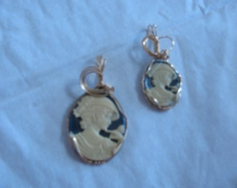 2 Handcrafted Resin Cameo Pendants