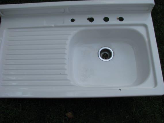 Perfect Vintage Porcelain Enamel Farmhouse Sink With Drainboard
