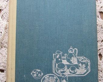 1963 Good Housekeeping Cookbook, Hardcover, Lots of Good Recipes!