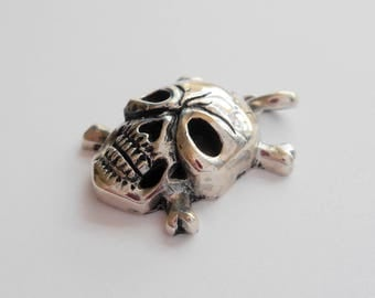 Silver sterling Pirate Scull Pendant  / silver 925 / Balinese version / 3 cm total  height