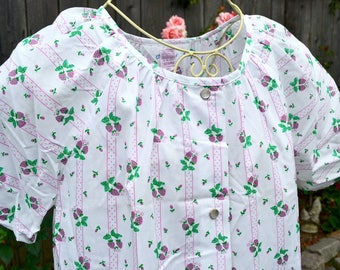 Vintage House Dress Summer Robe - NWT Sears Snap Front Housecoat - Pink Strawberries - SM