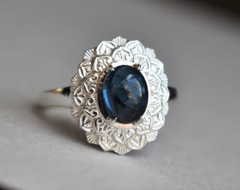 Sterling Silver Flower Petal Ring, Blue Cabochon Ring, Oval Tourmaline Ring, Oval Flower Ring, Engraved Camellia Ring, Namibian Tourmaline