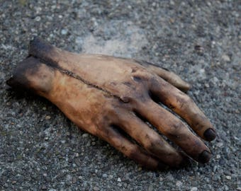 Severed Human Zombie Hand - Dead Male Right - Halloween Gift horror movie prop - Texas Chainsaw Massacre / Walking Dead inspired - SCAB1086