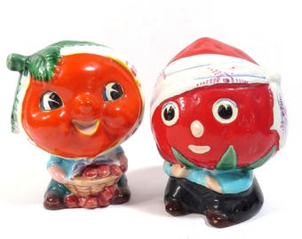Kitschy Japan Fruit Heads Planter Vintage Anthropomorphic Strawberry and Orange Kitschy Kitchen Mid Century Head Vases