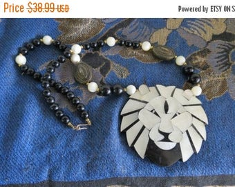 ON SALE Beautiful Lee Sands Lion Necklace  Pendant, Mother of Pearl, Black Onyx Beads, Gemstone Lion, Zodiac Leo The Lion , Free Shipping