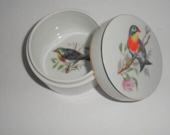 Vintage Round Bird Themed Porcelain Trinket Box with Lid