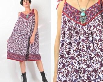 30% Off FLASH SALE Vintage Boho Hippie Cotton Tent Dress Tie Shoulder Dress Purple Red White Floral Paisley Print Dress Indian Summer Sun Dr