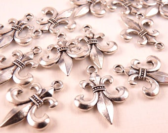 Fleur de Lis Charms Silver Pendant Silver Charms Silver Findings Fleur de Lis Beads Silver Beads