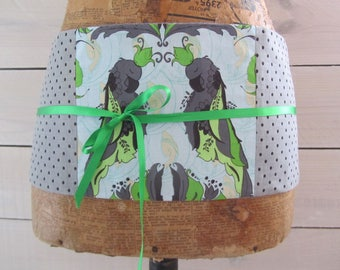 "Obi belt, mini-corset patchwork Japanese spirit ""budgies"" green lime and grey dots"