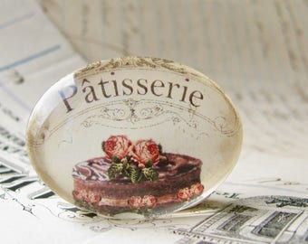 Patisserie chocolate cake from our Bountiful Bakery collection, handmade horizontal glass cabochon, 40x30mm oval, baking, vintage kitchen