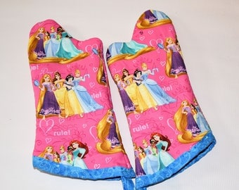 Kids Princess Oven Mitt Set/Birthday Gift/ Gift for Girls/ Christmas Gift/ Playhouse/ Home Decor/ Children's Gift/ fun gift/ Gift for Kids